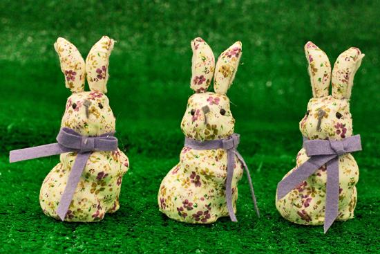 2013-03-30-Easter-Bunnies-1-Flowerona.jpg?mtime=20170929144918#asset:12356