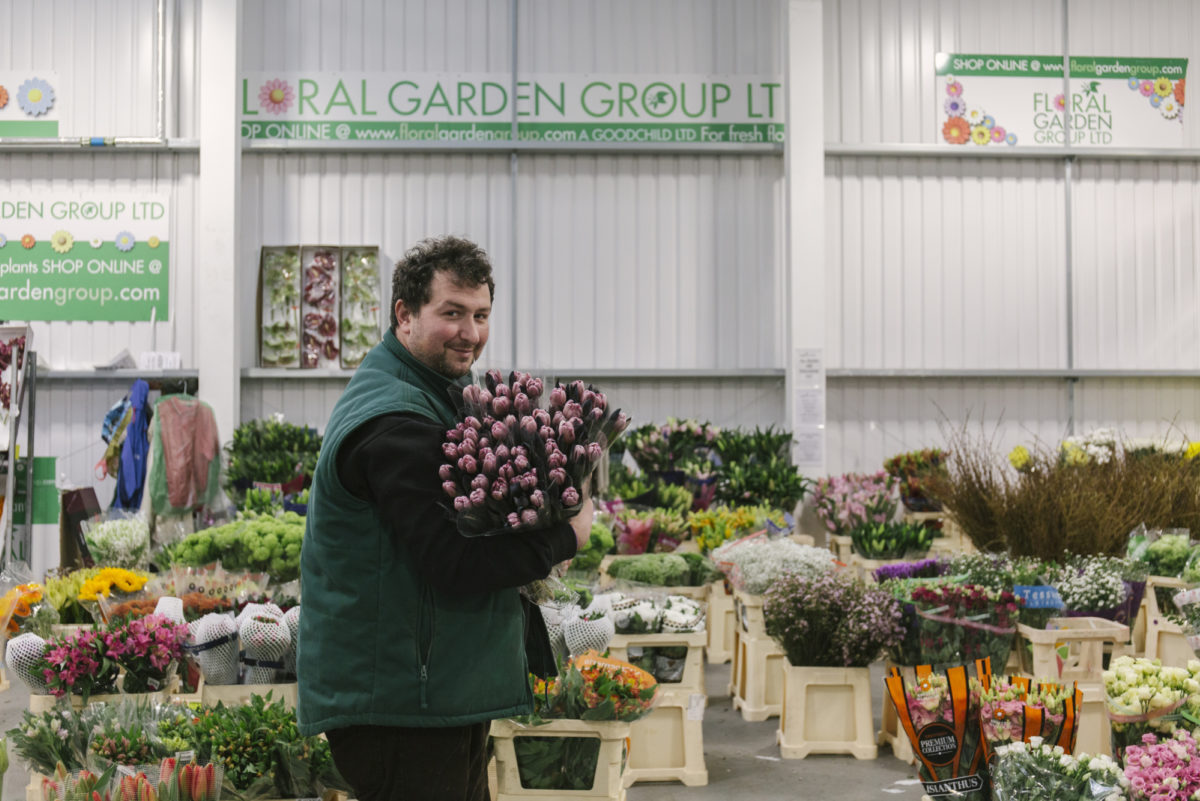 New Covent Garden Flower Market March 2019 In Season Report Rona Wheeldon Flowerona Anthony With Dyed Brownies Tulips At The Floral Garden Group